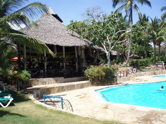 Baobab Beach Resort & Spa : Le bar principal
