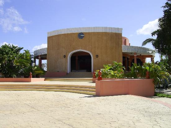Catalonia Gran Dominicus: The Theater