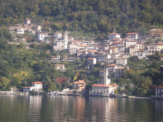 Bellagio, Italie : view from the ferry