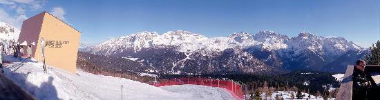 Boutique Hotel Diana : View towards Dolomiti di Brenta, Madonna di Campiglio