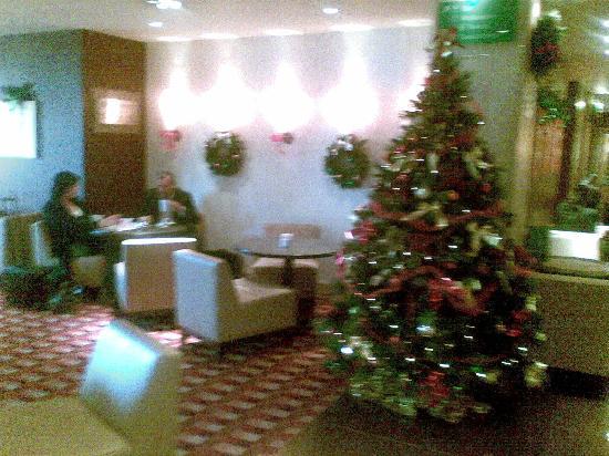 Holiday Inn High Wycombe M40, Jct.4: Lobby