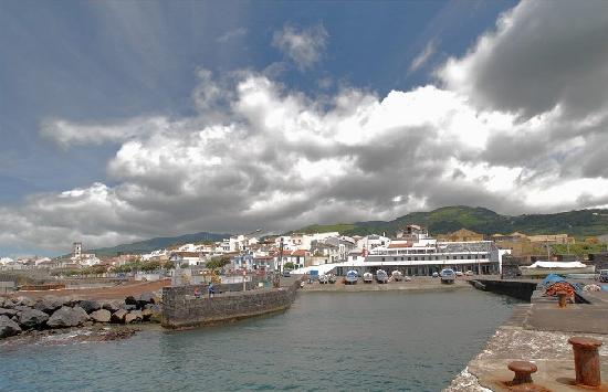 Hotel Marina: 100 meters from Quaint port