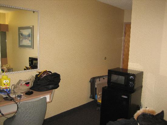 Microtel Inn by Wyndham Albany Airport: Microtel Inn Latham, NY - Guestroom Entrance