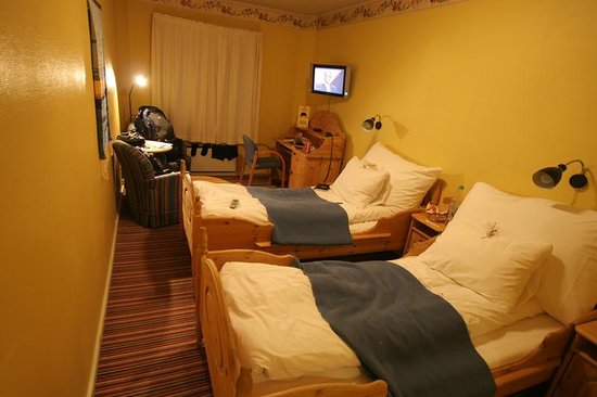 Molla Hotel: Ground Floor Twin Room