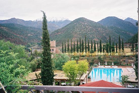 Kasbah Tamadot: gorgeous pool