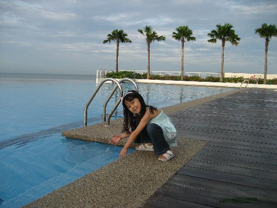 Holiday Inn Melaka: Swimming pool