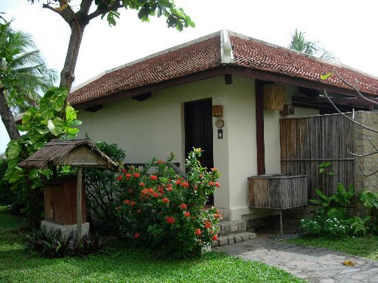 Evason Ana Mandara Nha Trang : Front of villa