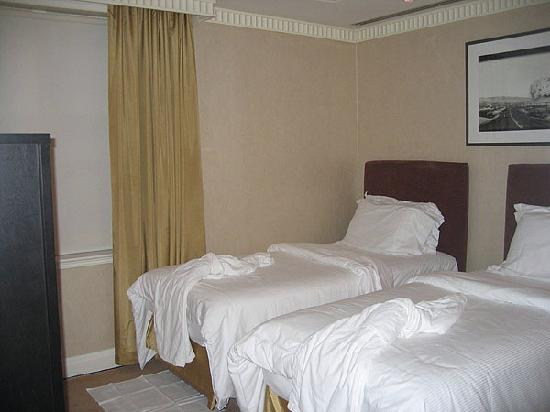 Windsor Arms Hotel: Second Bedroom
