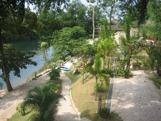 Oriental Kwai Resort: The view from our room