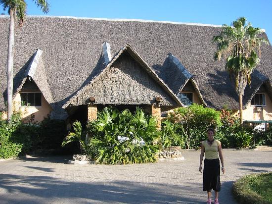 Bahari Beach Eingangsbereich Picture of Bahari Beach Hotel
