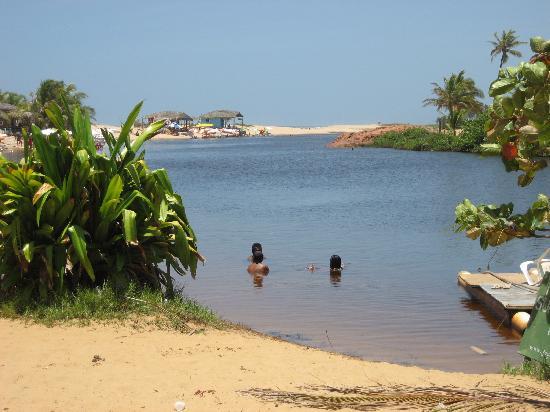 Imbassai, BA: a lagoa