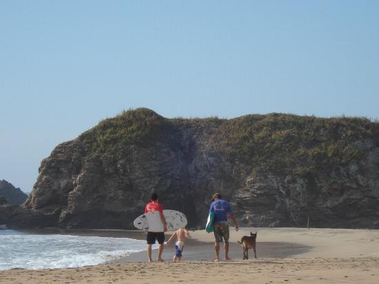 Casa Pan de Miel: Surfers in San Augustinillo