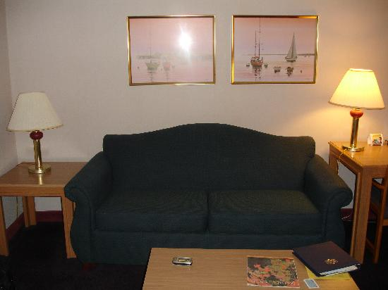 Groton Inn and Suites: room