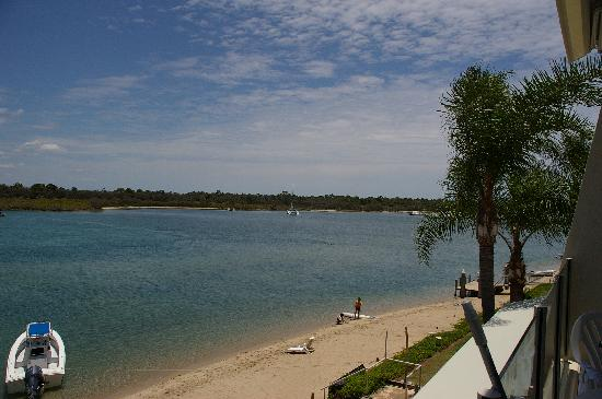 Noosa Harbour Resort: Our view down river