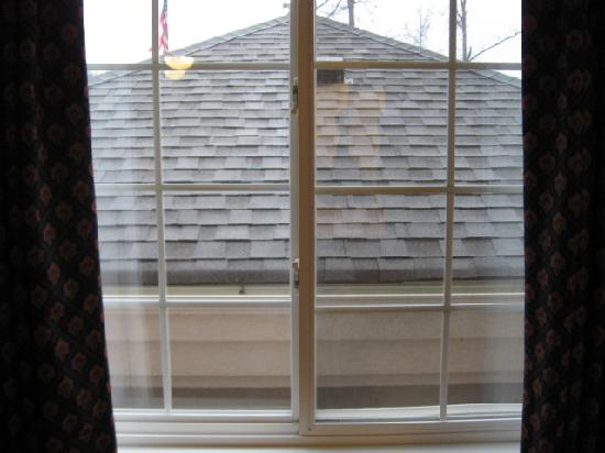 Candlewood Suites Newport News: Lousy view from window