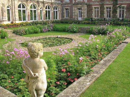 Somerleyton Hall and Gardens, Lowestoft, Suffolk, East Anglia, England