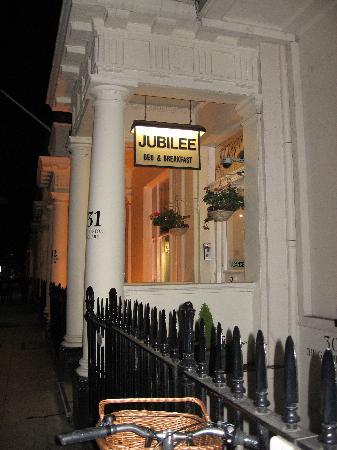 Jubilee Hotel: Entrance