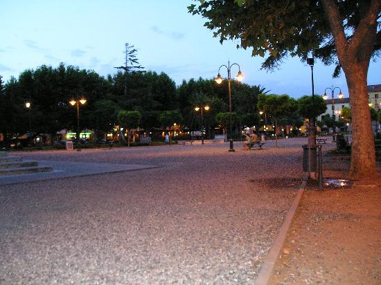 Livorno, Itália: Garibaldi square