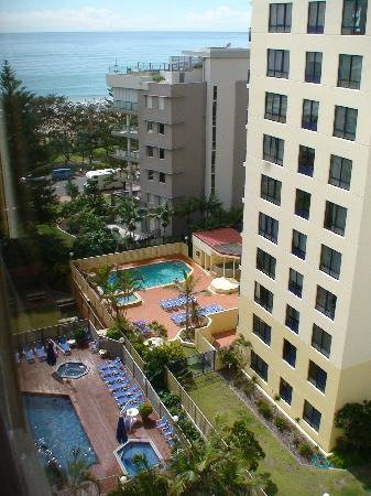 Aloha Apartments: Pool from Hotel Room