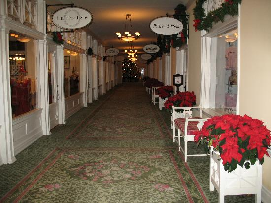 The Omni Homestead Resort: Shops at the Homestead