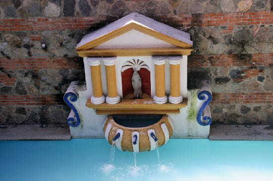 Hotel Palacio de Dona Beatriz: Fountain from above