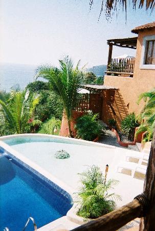 Hotel Cinco Sentidos: View of Room 2's patio