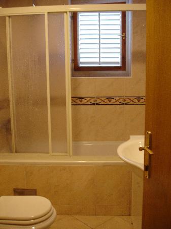 Villa Klaic: Bathroom