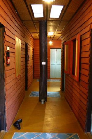 Buri Gallery House: Corridor - Feel like home