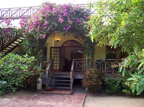 Hamanasi Adventure and Dive Resort: Front Desk/Main Office