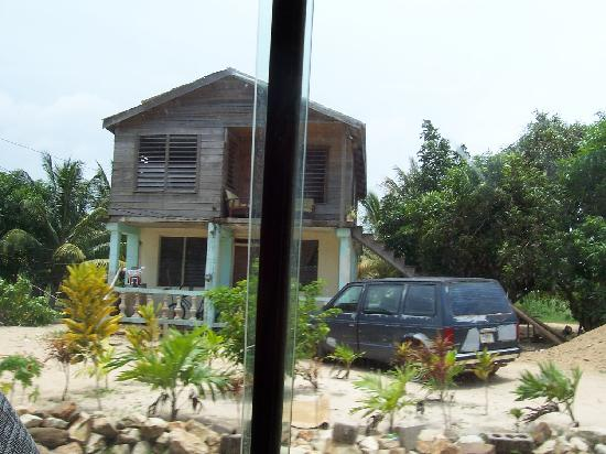 Hamanasi Adventure and Dive Resort: Typical House Everywhere Outside of Resort
