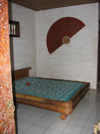 Ubud Terrace Bungalows: basic room