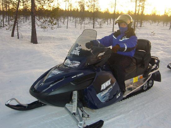 Lapland Hotel Saaga: Snowmobile ride