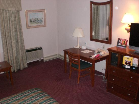 BEST WESTERN PLUS Mill Creek Inn: Room