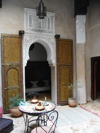 Riad Filalia: Atrium / Breakfast Room