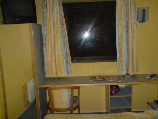 Inter-Hotel Paris Est Rosny : Room
