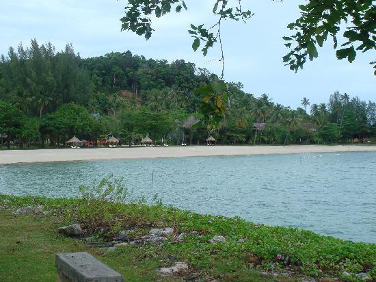 Vivanta by Taj Rebak Island, Langkawi: Main Beach at Rebak