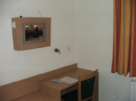 meinHotel: Zimmer 211 -