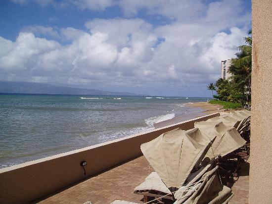 Kahana Beach Resort: view from our ocean side studio