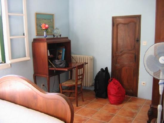 Mas Du Petit Grava: Our room