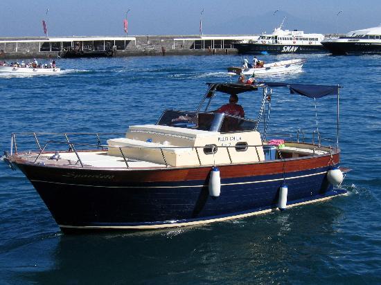Mami Camilla: Captain Sal and his boat