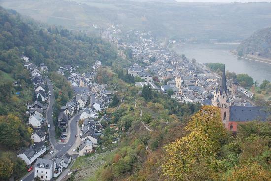Burghotel Auf Schönburg: View towards town from Castle