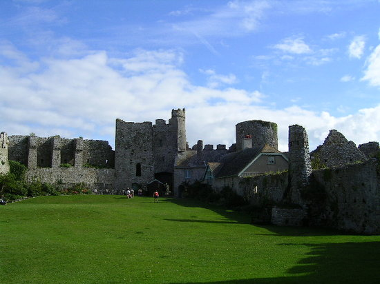Tenby, UK : Manorbier Castle