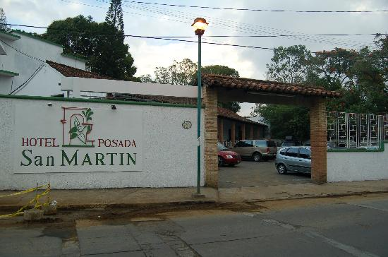 Posada San Martin : Front view