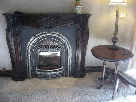 Arrowhead Manor: Fireplace in Our Room
