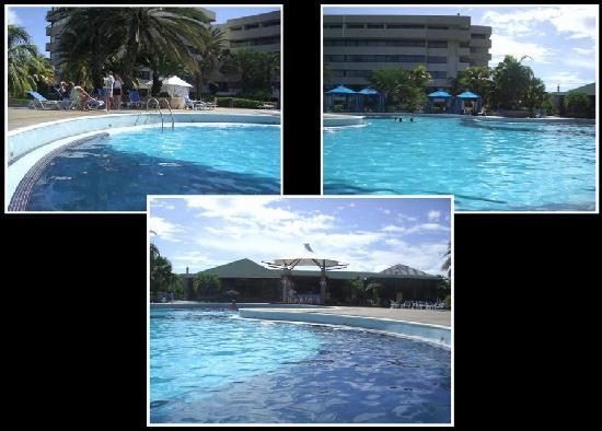 Laguna Mar: South Tower pool and bar