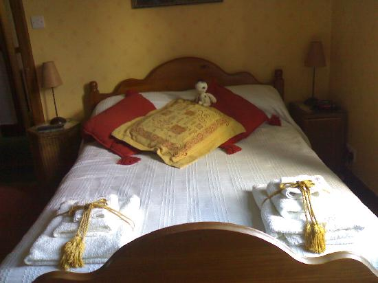 Gruinard Guest House: Bed