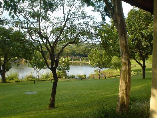 Sabi River Sun Resort: View from our Chalet at Sabi River Sun