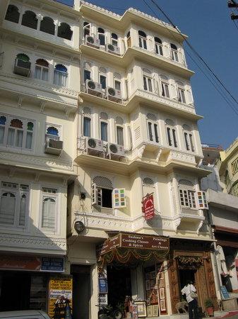Hotel Krishna Niwas
