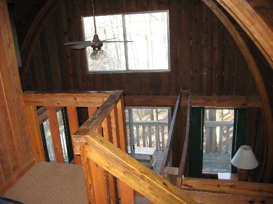 Unicoi State Park & Lodge: Looking down from bedroom