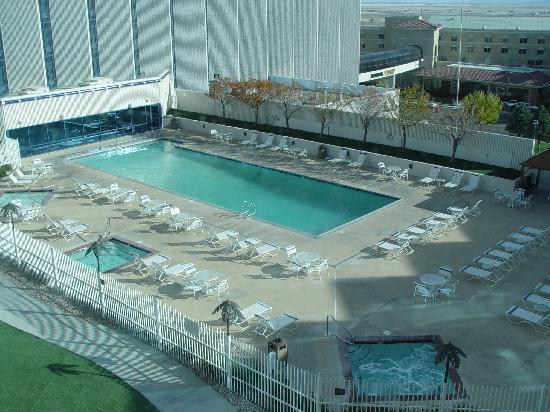 Montego Bay Casino Resort: The Pool